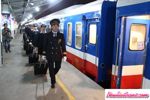 Lịch trình và giá vé tàu Hà Nội - Huế năm 2018