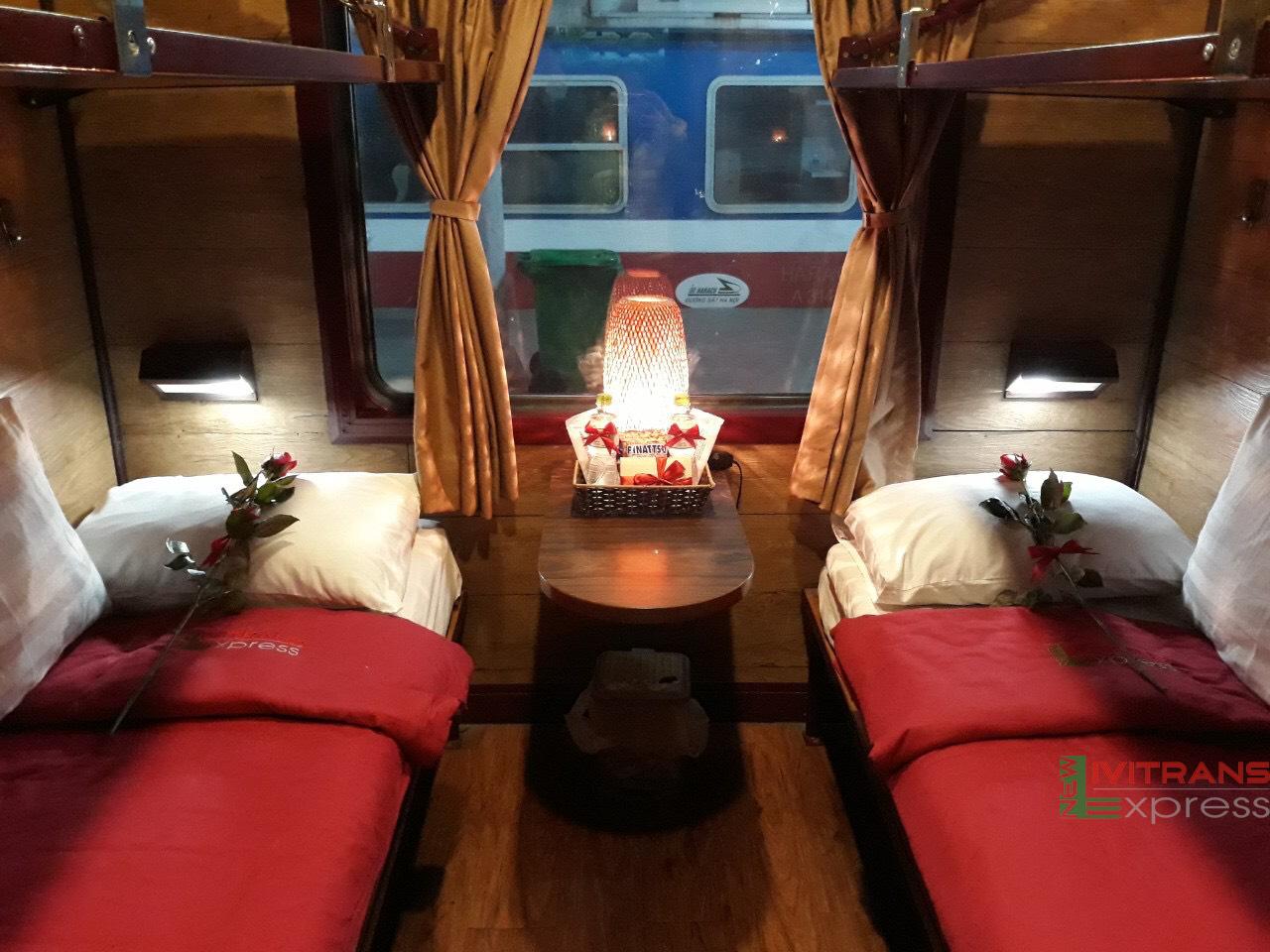 Tàu Lào Cai Hà Nội ( SP2) toa giường nằm chất lượng cao ( 5sao ) của hãng New Livitrans Express